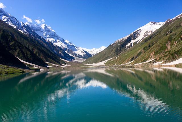 saiful-malook-lake-pakistan
